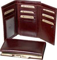 Leather Trifold Wallet with snap closure - Brown